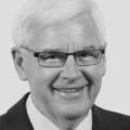 Dr Donald Charrett